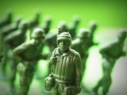 painting miniatures plastic toy soldiers